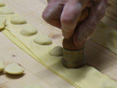 preparazione cappelletti